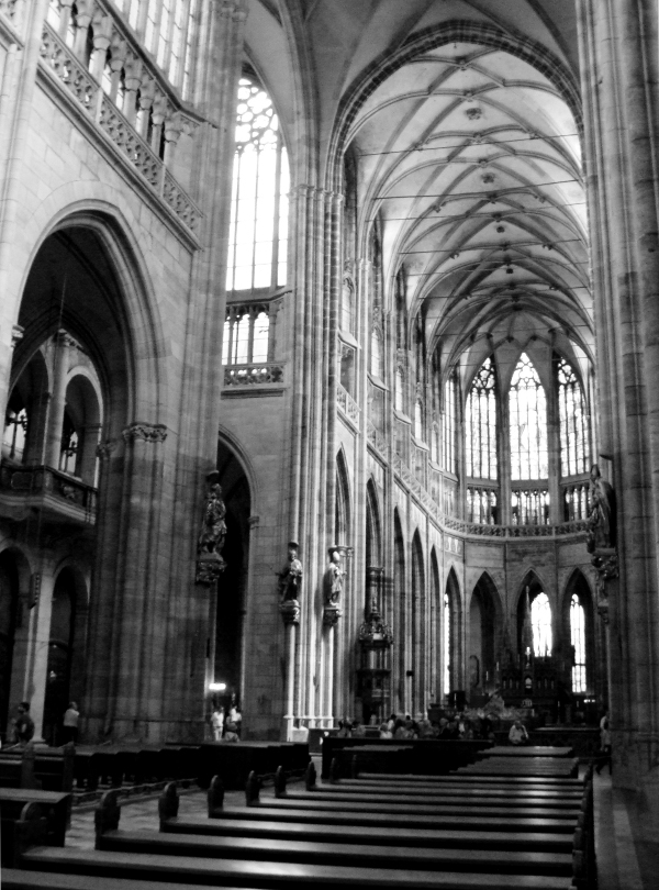 St. Vitus Gothic Cathedral in Prague - Photo by Miss FD